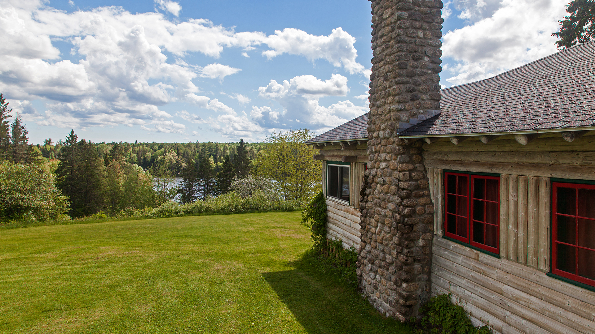 Loon Bay Lodge, the perfect location a for group vacation.